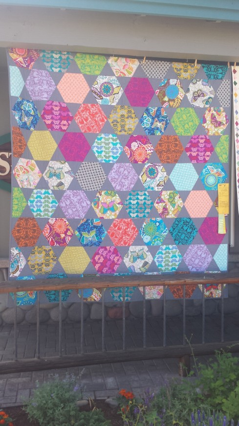 favorite - hexagons. and gray as a background color. i adore this quilt