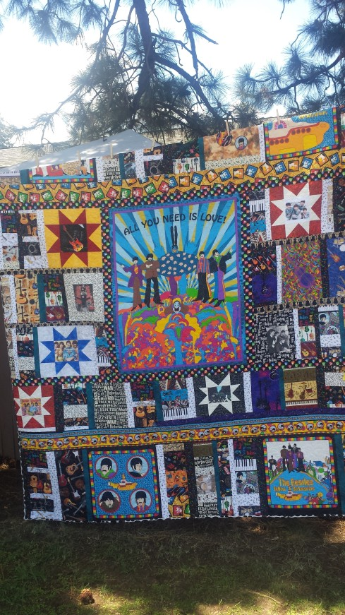 Yes, this is a Beatles quilt. how cool is THAT?